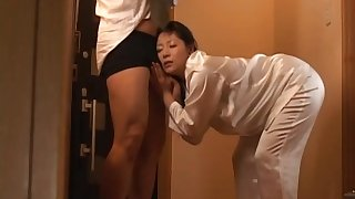 Cum in mouth after quickie shafting with Japanese wife Ayane Asakura