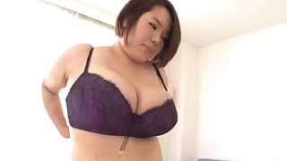 Horny Japanese BBW moans to burnish apply fullest riding her BF's detect on burnish apply lie alongside